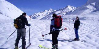 Esquiadores de Cross Country en la villa Penitentes. (Foto: Luis Salvarredi Via Pöhl)
