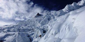 Impresionante vista general del último tramo hacia la cumbre. (Foto: Juan P. Sarjanovich)