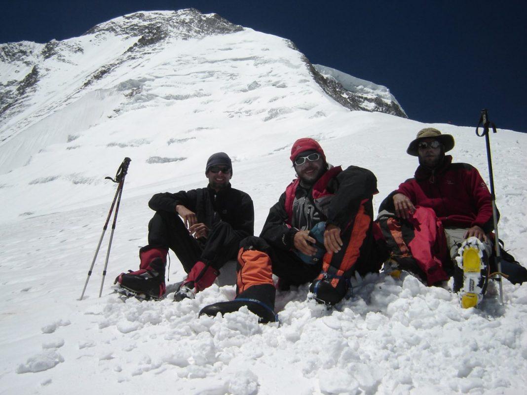 Guillermo Glass y Cristian Vitry junto al recordado Darío Bracali, desaparecido en la expedición.