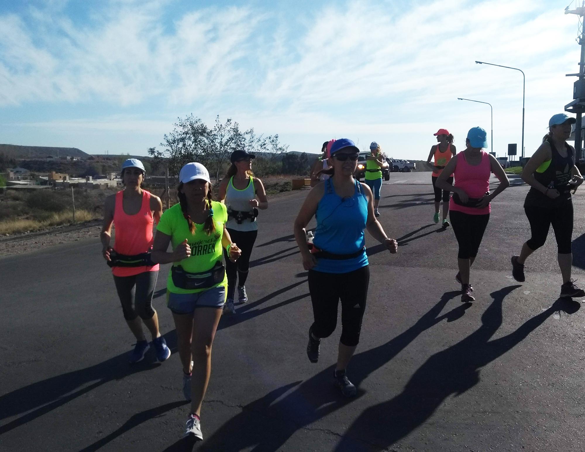 Mujeres Que Corren Cumbres Revista De Montana