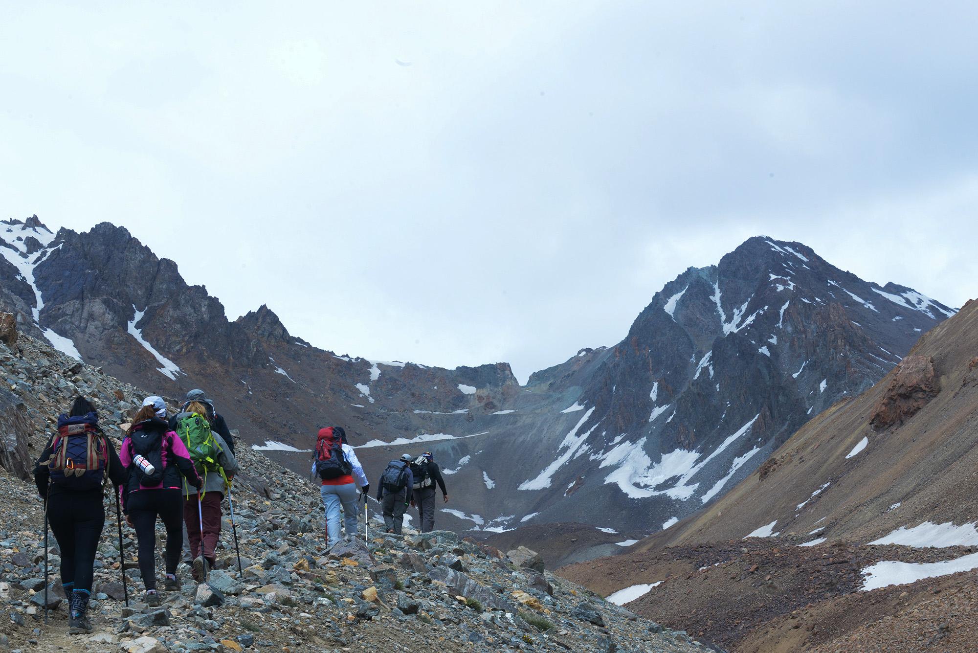 Impresionantes vistas en el trayecto del Cruce de los Andes (Ph Andrómeda agencia)