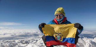 Carla Pérez en Everest. Hoy recordamos su hazaña en la pared Sur de Aconcagua.