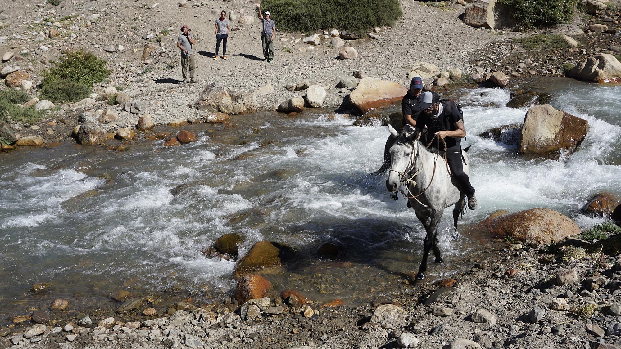 Cruce de los Andes. Caminando o a caballo, fue una experiencia inolvidable. (PH: Andrómeda agencia)