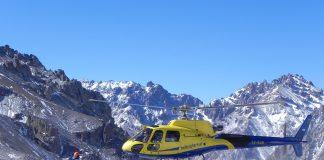 El helicóptero que presta servicios en el Parque Aconcagua.
