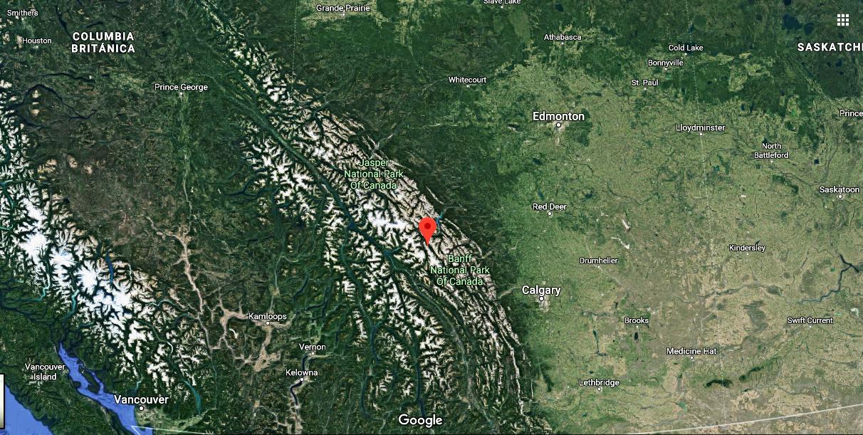 En rojo ubicación geográfica del Howse Peak. Imagen de Google Maps.