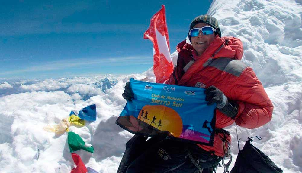 Lina Quesada en la cumbre del Manaslu (8.163 m) hace dos años.
