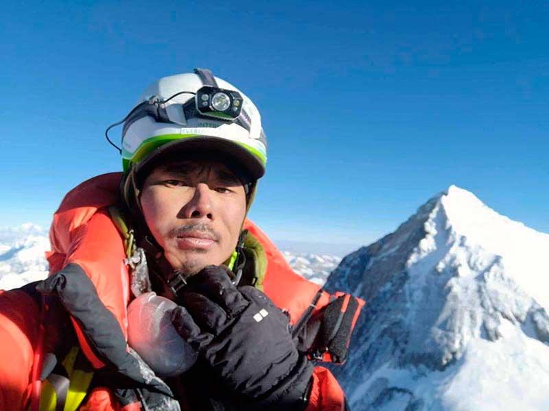 Mingma Dorchi Sherpa encadenó Everest y Lhotse en 6 horas y 1 minuto (Ph Mingma Dorchi Sherpa).