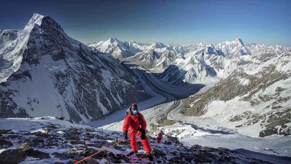 """Esteban """"Topo"""" Mena y Carla Pérez, dos grandes montañistas ecuatorianos lograron la cima del K2."""