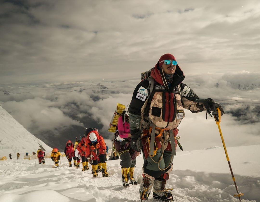 Nims y su equipo se encaminan a subir el Shisha Pangma, y con ello cumplir su alto objetivo: 14x7x8000.