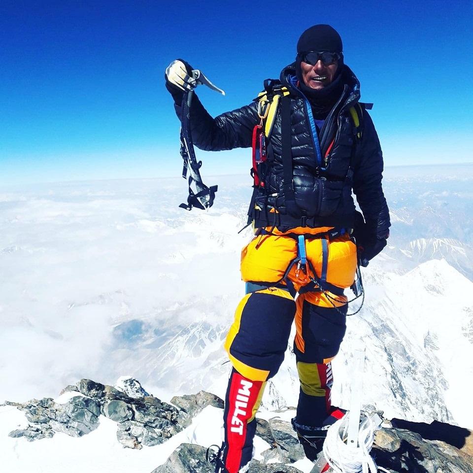 Sanu Sherpa llegó a la cima de Dhalulagiri. Es el tercer nepalí en completar los 14 ochomiles.