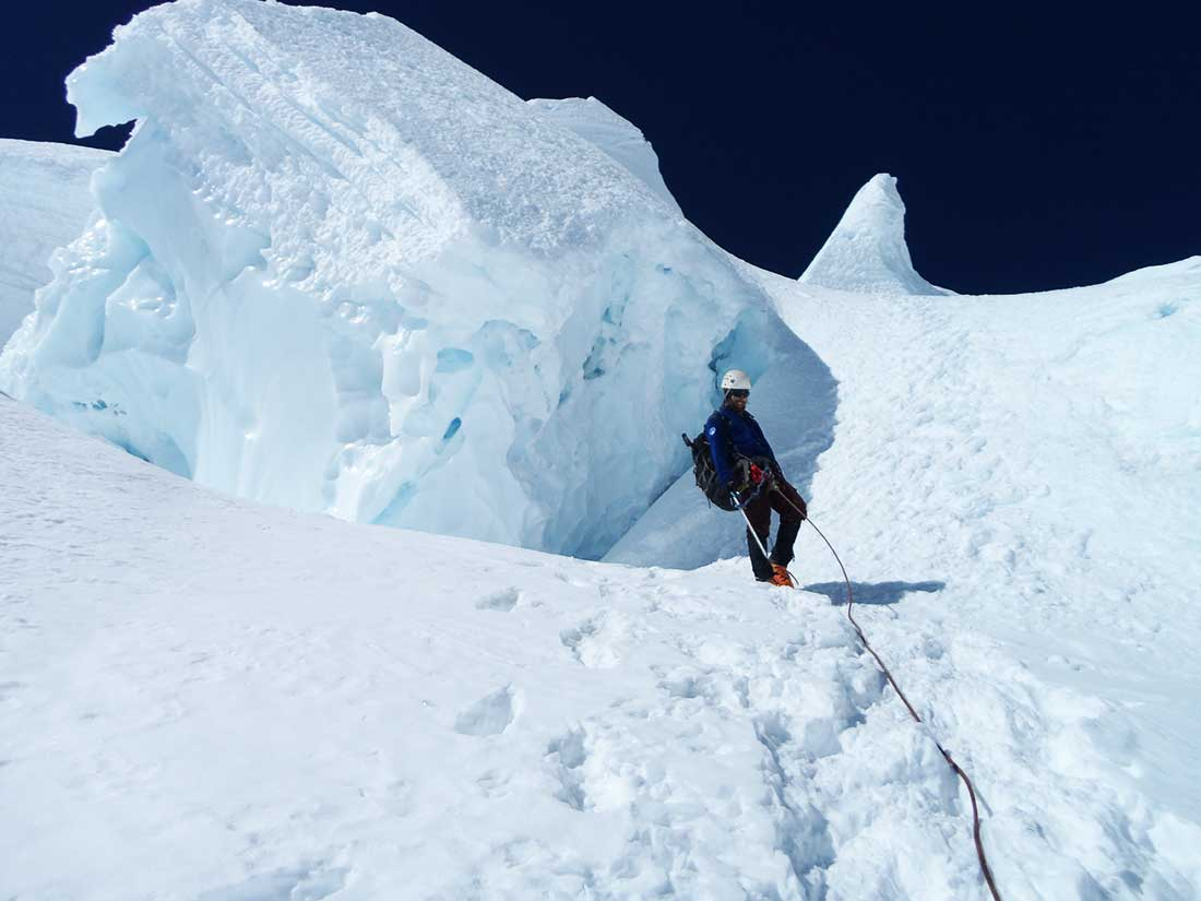 Descendiendo del Huascarán (6.768 m), en la cordillera Blanca peruana.
