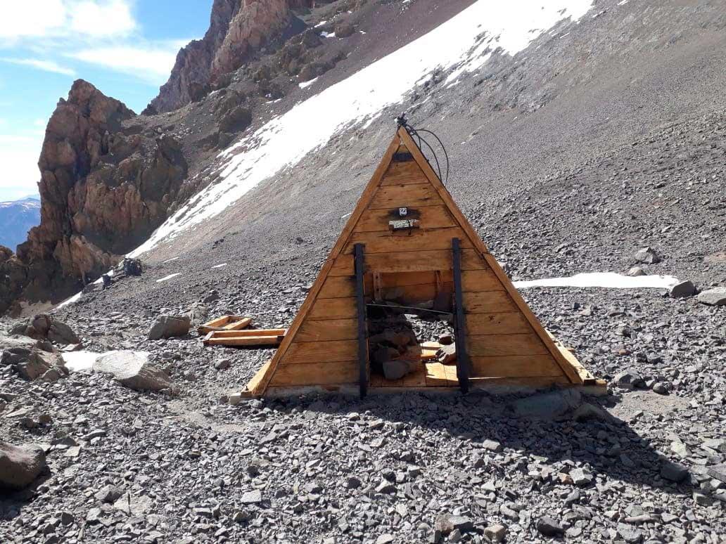 Muy poca nieve en el comienzo de la temporada de Aconcagua. PH Patrulla de Rescate, refugio Independencia, 11 de noviembre de 2019.