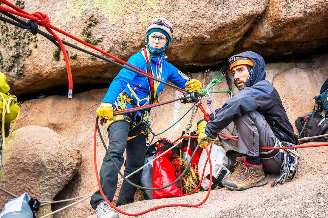 Rescate técnico en montaña es una de las capacitaciones que brinda Vertical Training. PH: Pablo Betancourt.