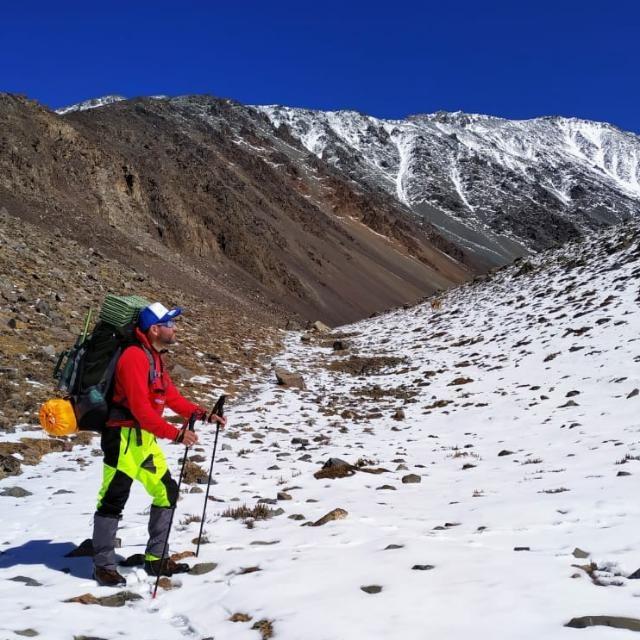 Aníbal Almada en Vallecitos, Mendoza, en preparación para acometer la cima del Aconcagua.