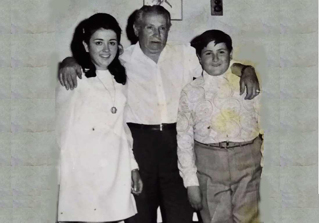 Don Alberto con sus hijos Ana y Pepe los continuadores.