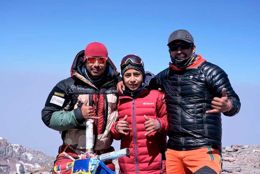 El sueño hecho realidad: en la cumbre de Aconcagua junto a Nims y Víctor Rimac.