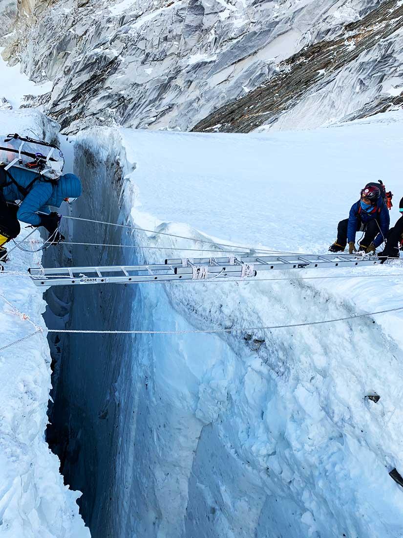 En plena expedición al monte Everest, el más alto del planeta.