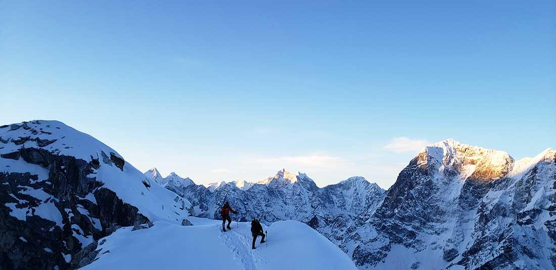 Los propósitos de Fahad Badar son las Seven Summits y los 14 ochomiles.