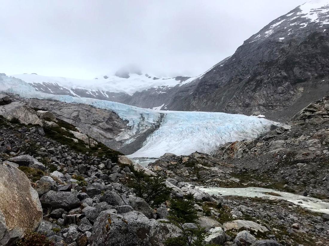 Sobre el campo de hielo el grupo pretende establecer el campo base para el ascenso al Shipton.
