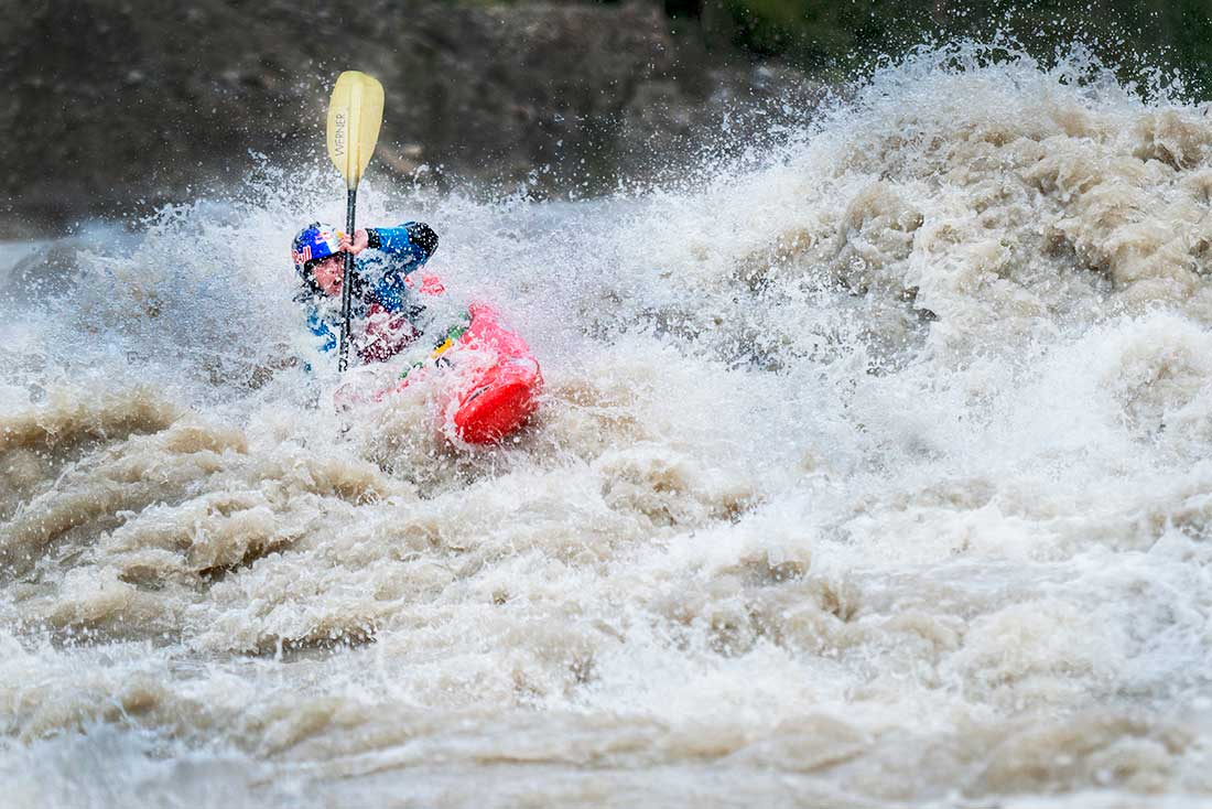 The Ladakh Project, una kayakista francesa navega 350 kms de peligrosos ríos asiáticos.