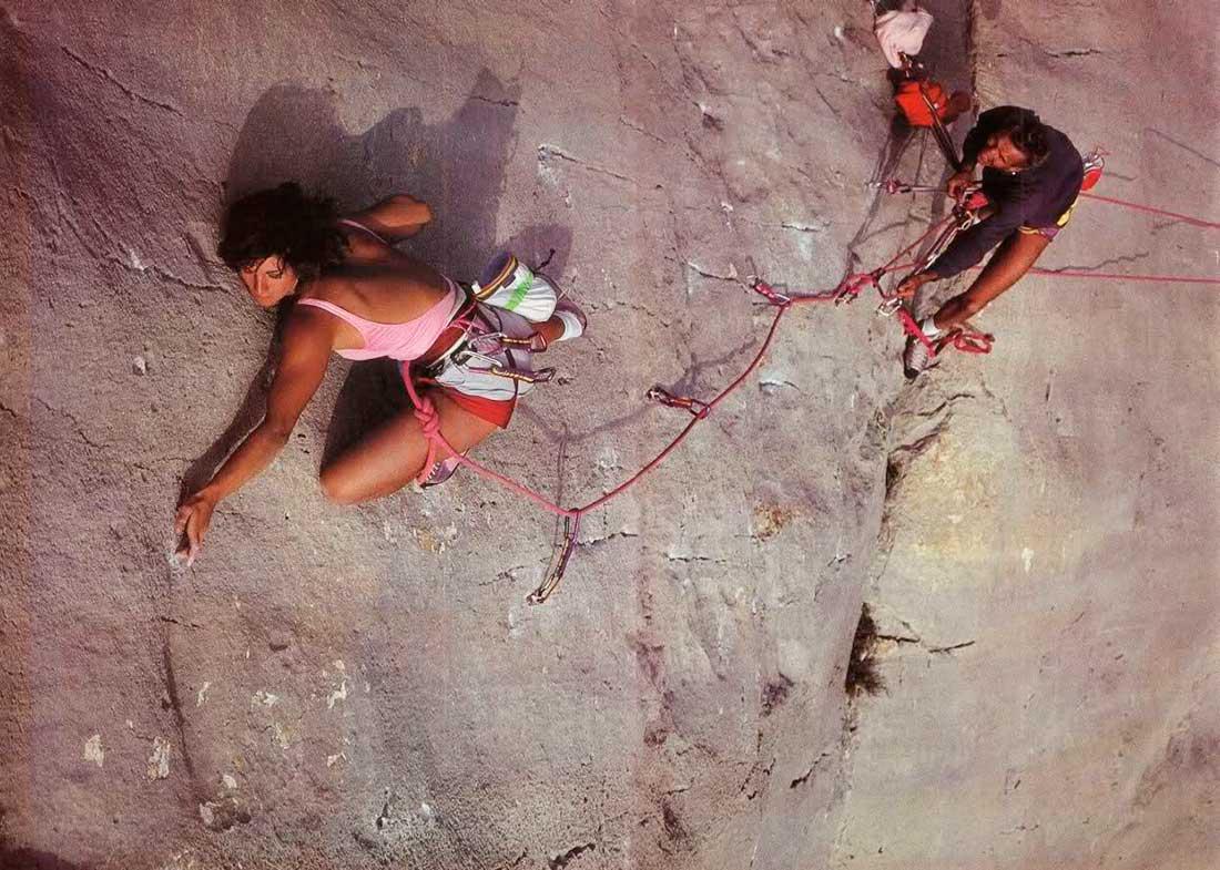 En su adolescencia ya Destivelle escalaba en roca en los alpes franceses.