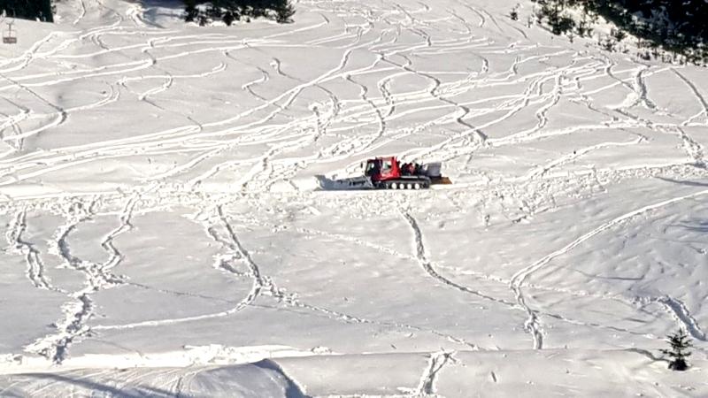 Inédita acumulación de nieve este invierno en el cerro Catedral.