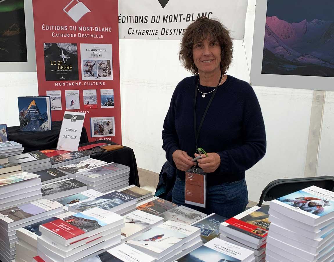 Hoy, a sus espléndidos 60 años, Catherine Destivelle dirige su editorial de literatura de montaña.