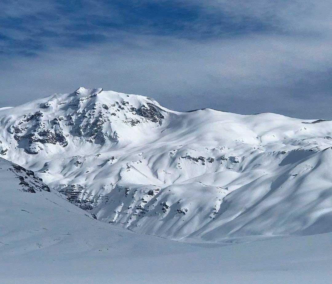 Volcán Peteroa-Planchón en el paso Vergara, Malargüe. A sus pies, El Azufre. (Ph José Beccar - El Azufre)