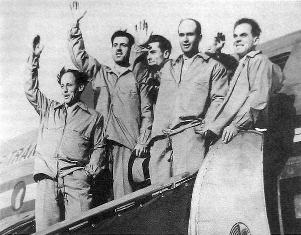 De izquierda a derecha: LouisLachenal, Maurice Herzog, JeanCouzy, LionelTerrayySchatz.