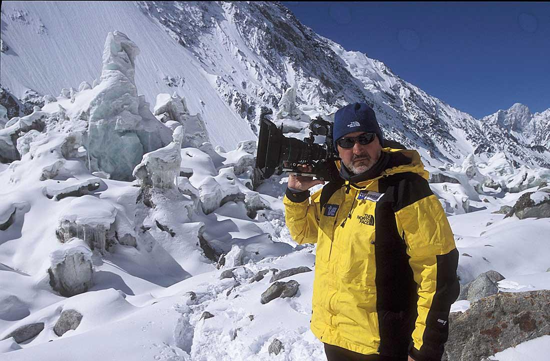 Sebastián Álvaro, alma mater de Al Filo de lo Imposible, en 2004 en el K2.