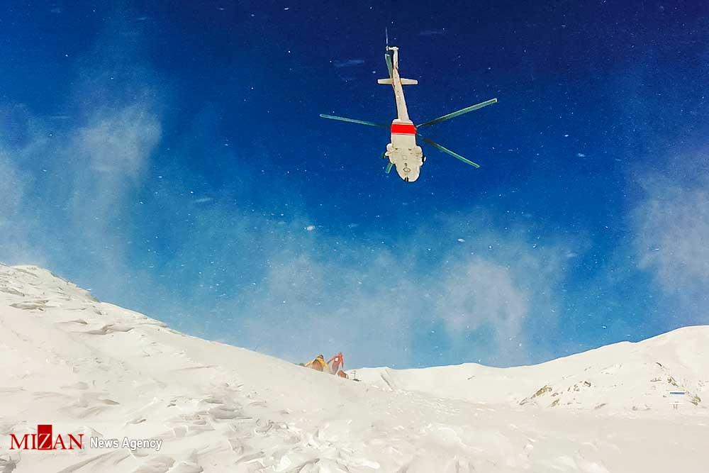 Organizaciones de seguridad de Irán sumaron helicópteros al operativo de rescate.