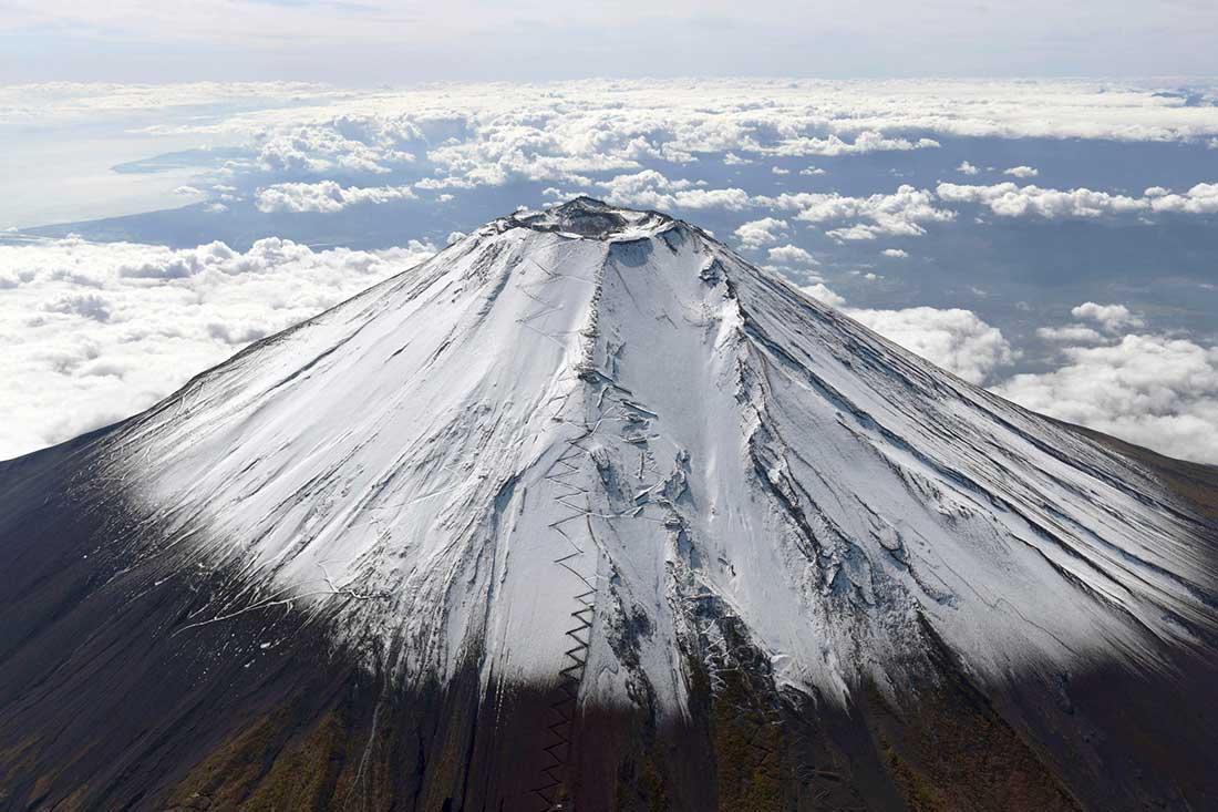 En jornadas diáfanas, desde la ciudad de Tokio es visible el esplendor del Fuji. (Ph Japan Times)