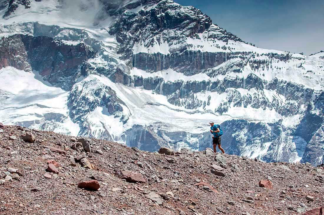 """Karl Egloff, andinista ecuatoriano de nacimiento, descubre sus capacidades y espíritu para """"correr"""" en la montaña."""