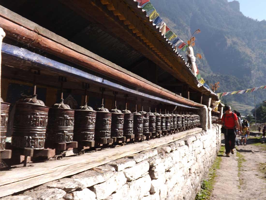 En el Annapurna Tour, cada pueblito tiene sus sectores sagrados.