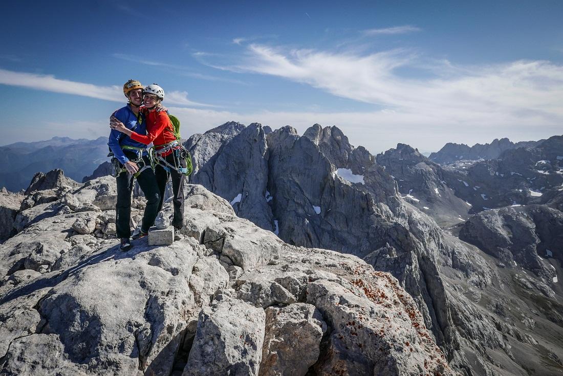 Della Bordella con Arianna Colliard en los bellísimos Picos de Europa (España).